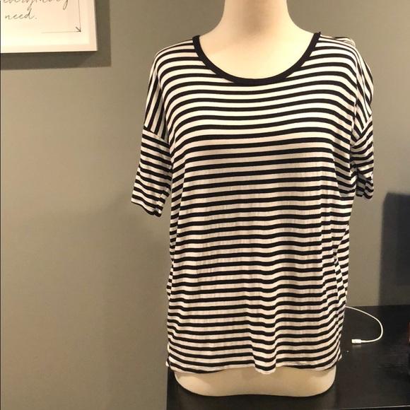 Agnes & Dora Tops - Black and white stripe tshirt